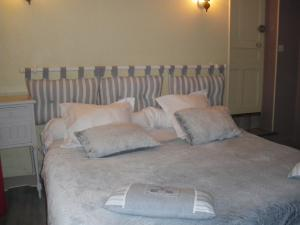 Les Coquillettes, Bed and breakfasts  Honfleur - big - 71