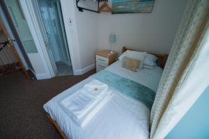 Woodlands Guest House, Penzióny  Brixham - big - 19