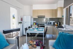 Nicholas Seaview Apartments, Apartmány  Protaras - big - 58