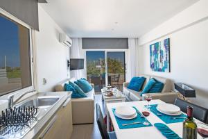 Nicholas Seaview Apartments, Apartmány  Protaras - big - 68