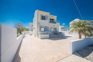 Nicholas Seaview Apartments, Apartmány  Protaras - big - 78