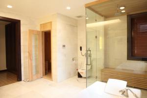 National Convention Center Resort, Hotels  Hanoi - big - 30
