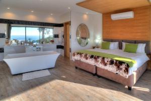 Habitación Doble de lujo con vistas a la piscina