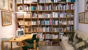 Casa dell'Editore - Books & Breakfast - AbcAlberghi.com