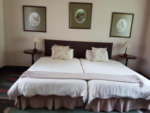 Tweepersoonskamer met 2 Aparte Bedden - Bad en Douche