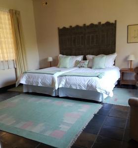 Tweepersoonskamer met 2 Aparte Bedden en Balkon