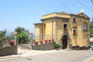 Agriturismo Antico Casale Colli Di San Pietro - AbcAlberghi.com