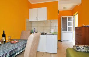 Apartments Olga, Apartmány  Tivat - big - 38