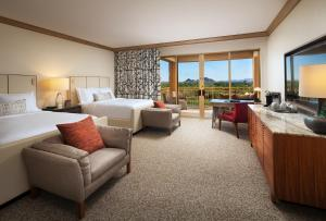 The Canyon Suites at The Phoenician, a Luxury Collection Resort, Scottsdale, Üdülőközpontok  Scottsdale - big - 7
