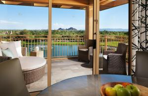 The Canyon Suites at The Phoenician, a Luxury Collection Resort, Scottsdale, Üdülőközpontok  Scottsdale - big - 6