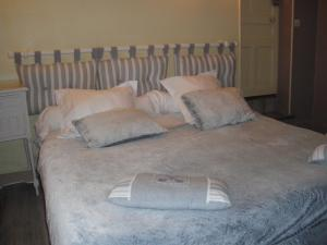 Les Coquillettes, Bed and breakfasts  Honfleur - big - 79