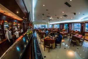 Hotel Emperador, Hotel  Ambato - big - 34