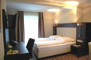 Hotel Weinstube Ochsen, Hotely  Štutgart - big - 19