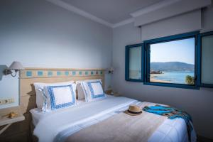 Pyrgos Blue, Aparthotely  Malia - big - 11