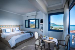 Pyrgos Blue, Aparthotely  Malia - big - 12