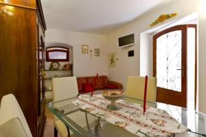 Sicily Taormina -Casa Cesare Ottaviano - AbcAlberghi.com