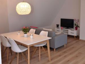 Die Gönothek - Ferienwohnungen, Appartamenti  Iphofen - big - 6