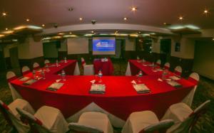 Hotel Emperador, Hotel  Ambato - big - 31