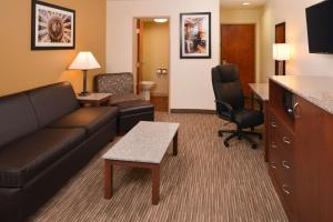 King Suite - Second Floor