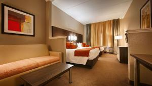 One-Bedroom Suite with Two Queen Beds - Non-Smoking