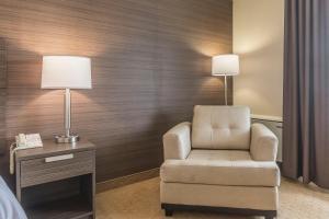 Standard Queen Room - Upper Floor
