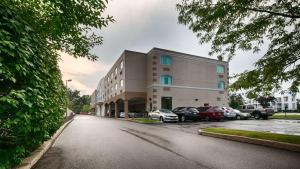 Best Western Airport Inn & Suites Cleveland, Szállodák  Brook Park - big - 36