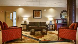 Best Western Airport Inn & Suites Cleveland, Szállodák  Brook Park - big - 38