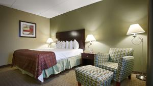 Best Western Airport Inn & Suites Cleveland, Szállodák  Brook Park - big - 43