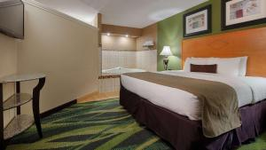 Best Western Plus Philadelphia Bensalem Hotel, Hotels  Bensalem - big - 5