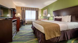 Best Western Plus Philadelphia Bensalem Hotel, Hotels  Bensalem - big - 9