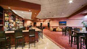 Best Western PLUS Tacoma Dome Hotel, Hotel  Tacoma - big - 34