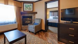 Executive King Suite with Fireplace - Non-Smoking