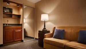 Executive King Room with Sofa