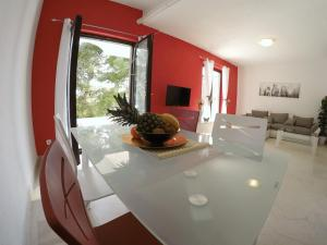 Sunny Apartments, Апартаменты  Омиш - big - 2
