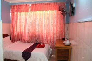 Capitol 3 Guesthouse, Гостевые дома  Пномпень - big - 38