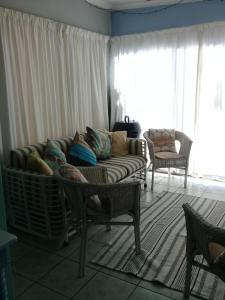 A1 Kynaston Accommodation, Bed and Breakfasts  Jeffreys Bay - big - 104