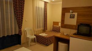 Victoria Suite Hotel & Spa, Отели  Тургутреис - big - 58