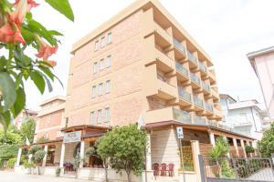 Hotel Saint Tropez - Pineto