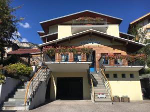 Hotel Garni Enrosadira, Hotely  Vigo di Fassa - big - 147