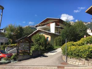Hotel Garni Enrosadira, Hotely  Vigo di Fassa - big - 149