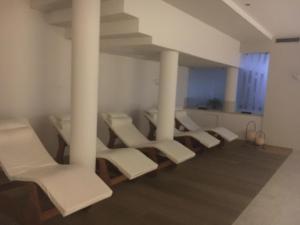 Hotel Garni Enrosadira, Hotely  Vigo di Fassa - big - 162