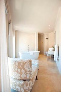 Rouge on Rose Boutique Hotel, Гостевые дома  Кейптаун - big - 5