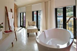 Rouge on Rose Boutique Hotel, Гостевые дома  Кейптаун - big - 27
