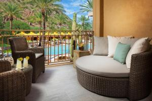 The Canyon Suites at The Phoenician, a Luxury Collection Resort, Scottsdale, Üdülőközpontok  Scottsdale - big - 9