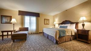 Best Western Plus Steeplegate Inn, Hotels  Davenport - big - 17
