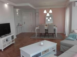 Lovely lofts 3, Apartments  Alicante - big - 28