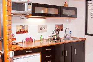 Bristol Apartments at Ordzhinikidze 15, Apartmány  Tolyatti - big - 9