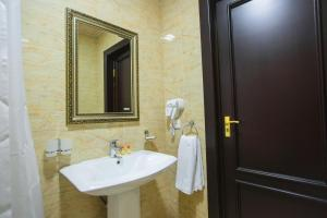 City Hotel, Hotels  Samarkand - big - 4