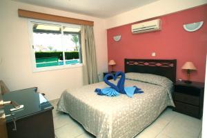 Petsas Apartments, Aparthotels  Coral Bay - big - 11
