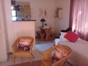 A1 Kynaston Accommodation, Bed and Breakfasts  Jeffreys Bay - big - 107